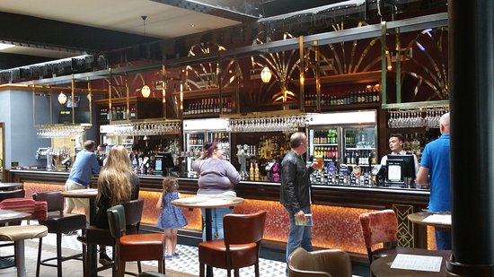 Bexhill-on-Sea, UK: The bar area of the Picture House