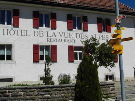 La Vue des Alpes, İsviçre: Aussenansicht
