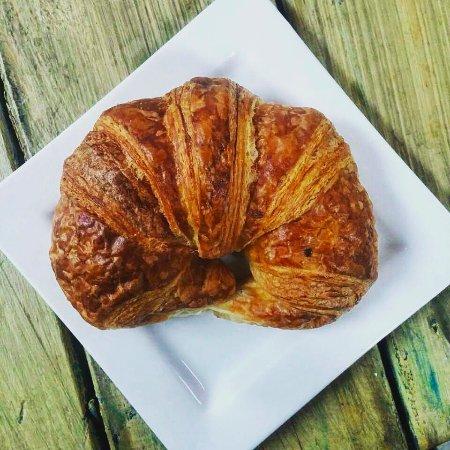 Suttons Bay, MI: Classic croissant