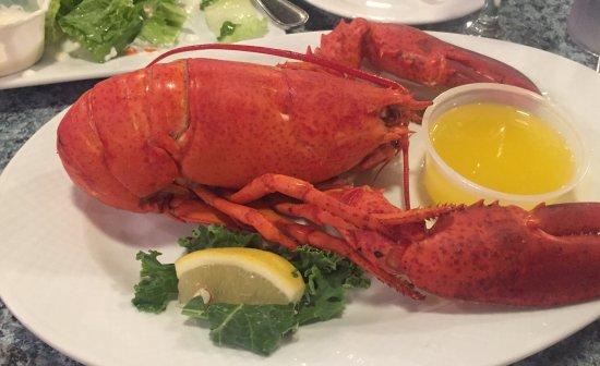 เอลส์เวิร์ท, เมน: The 1 1/8 lb. lobster