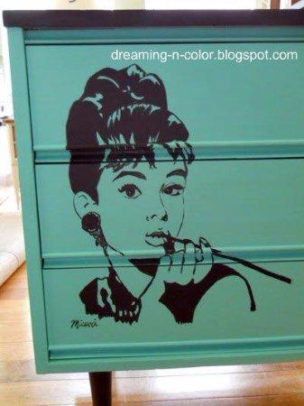 เมอร์ฟรีสโบโร, เทนเนสซี: Painted Vintage Furniture and Custom Work Offered