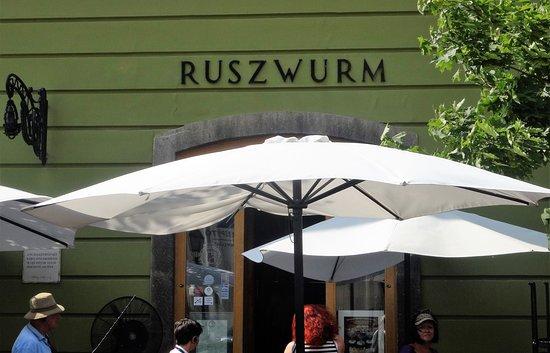 Ruszwurm: Placard