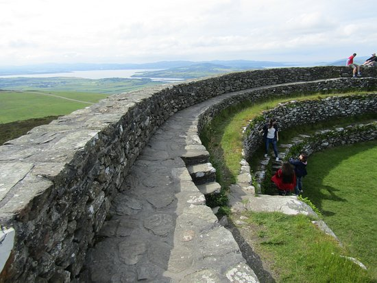 Grianan Of Aileach : top