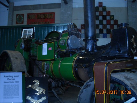 Whitfield, UK: Alivn & Porter Steam Roller