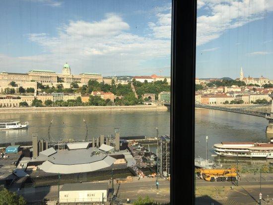 Sofitel Budapest Chain Bridge: photo1.jpg