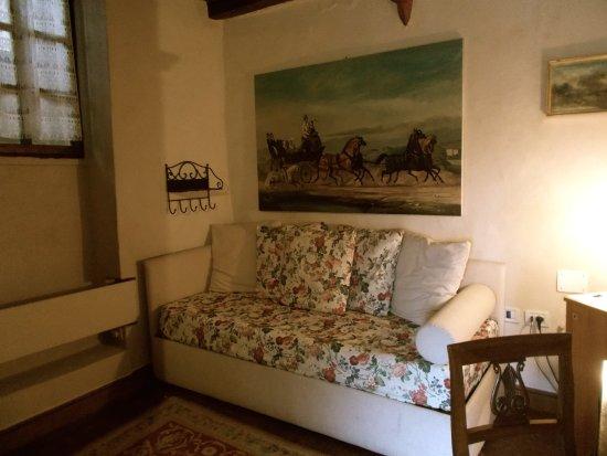 Soggiorno suite degli artisti - Foto di Castello di Vigoleno ...