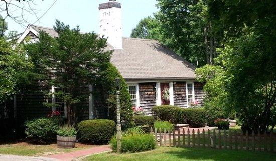 Duxbury, MA: 1700 Farm house restored into a beautiful restaurant