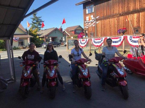 Friday Harbor, WA: Mopeds!