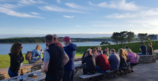 Kilbrittain, Irlanda: Relaxing at The Pink Elephant