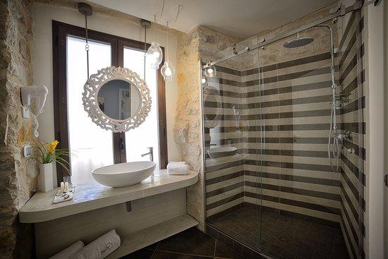 Comiso, Italy: Bagno Camera Deluxe