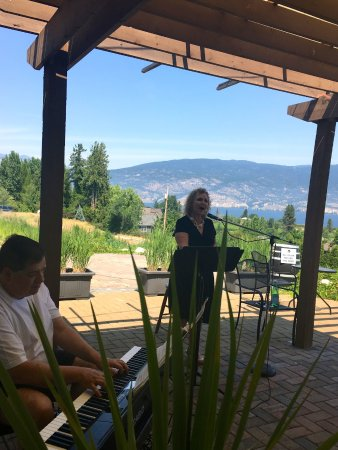 Summerland, Canada: Michele and David