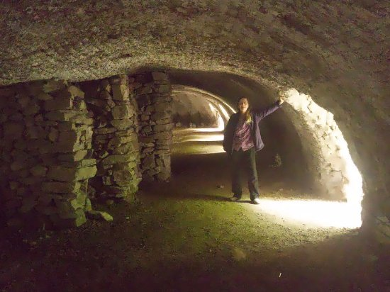 Llanymynech, UK: My wife inside the Hoffman kiln