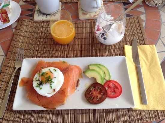 Alhaurin el Grande, Spain: what a breakfast ... a great start to the day