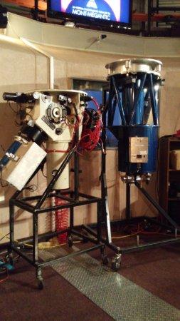 Notre Dame des Bois, Canada: Lantilles du télescope de recherche