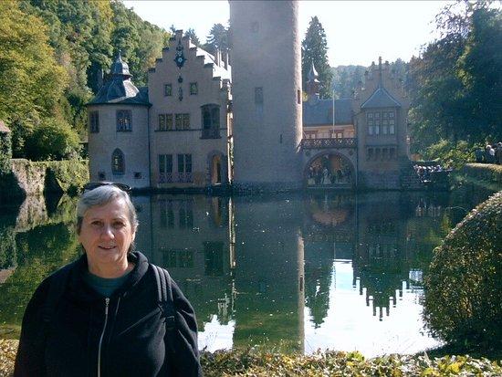 Mespelbrunn, Deutschland: Schloss Mepepbrunn1