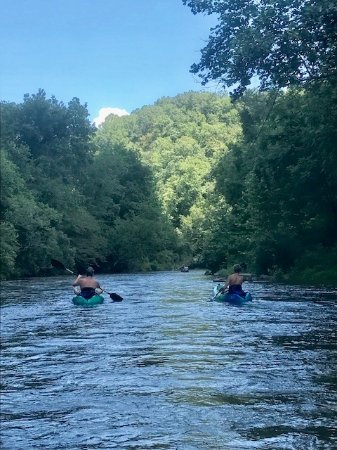 Rosman, NC: Kayaking on some of the prettiest waters in WNC!