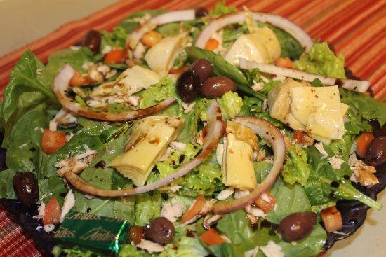 Kodiak, Αλάσκα: Mediterranean Traveler Salad
