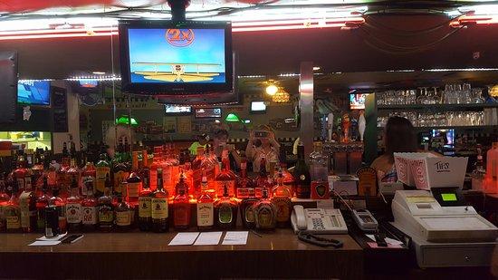 Royal Oak, MI: Full Bar