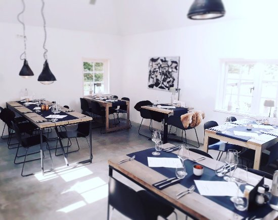 restaurant hof aan zee restaurant met scandinavisch interieur