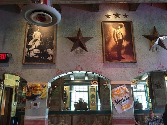 Cypress, TX: decor