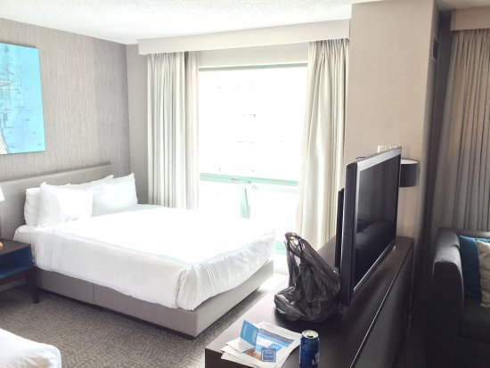 Hilton Chicago/Magnificent Mile Suites: photo0.jpg