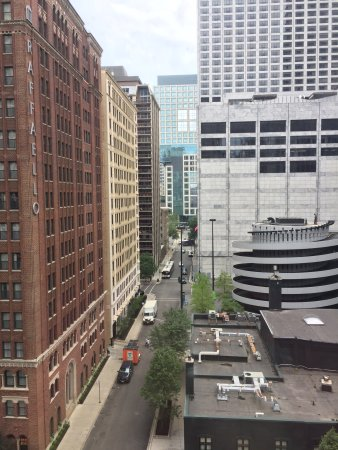Hilton Chicago/Magnificent Mile Suites: photo1.jpg