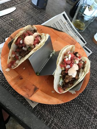 Lighthouse Point, FL: Alligator Tacos - So delicious!
