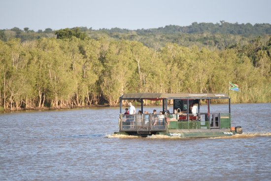 St Lucia, Sudáfrica: River boat cruise on the Esturary...