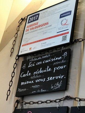 Sainte-Gauburge-Sainte-Colombe, France: Les ardoises