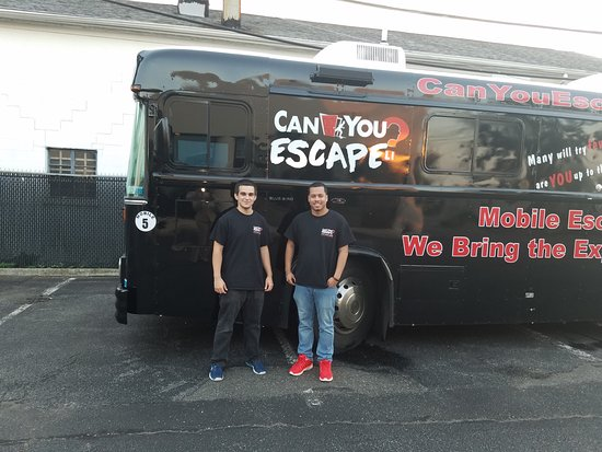 Mineola, NY: Can you escape? amazing staff!!!