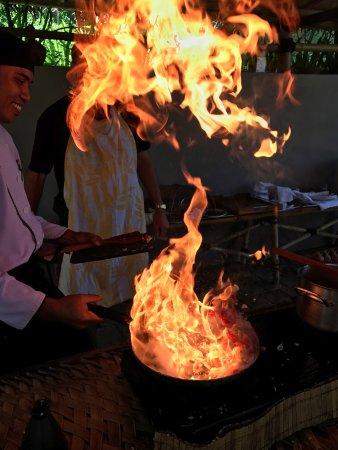 Maya Ubud Resort & Spa: Cooking class!
