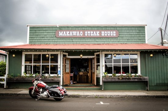 Makawao Steak House : A local favorite... located in historic Makawao Town