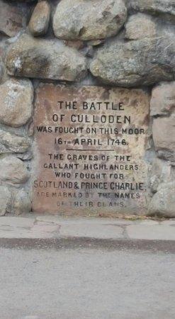 Culloden Battlefield: Memorial