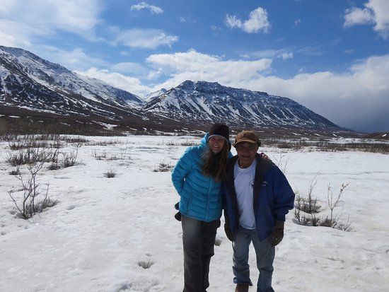 Northern Alaska Tour Company : Our tour guide with me