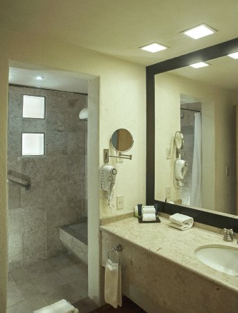 Ensuite Bathroom Regina ensuite bathroom - picture of club regina los cabos, san jose del