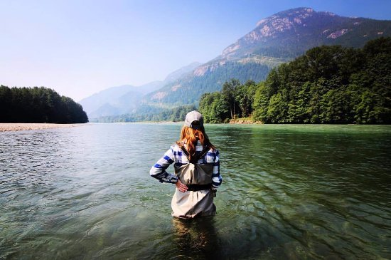 Valley Fishing Guides Day Trips: Fishing for pinks in the Squamish River