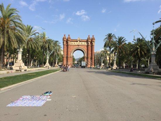 Arc de Triomf : Très sympa et de c ette endroit on peut allé jusqu'à la rembla la rue gotique et plein de petite