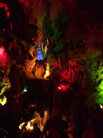 Stanton, MO: Lights in the cave
