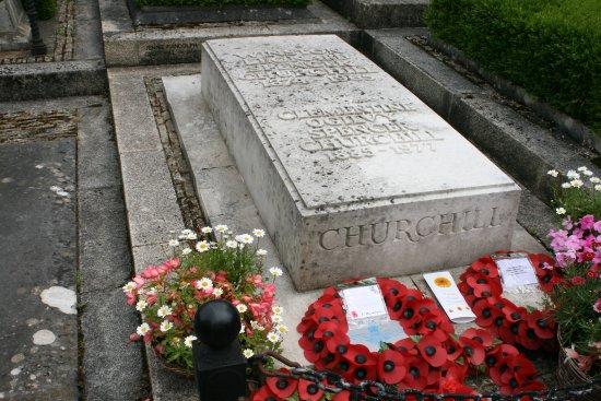 Bladon, UK: Grave