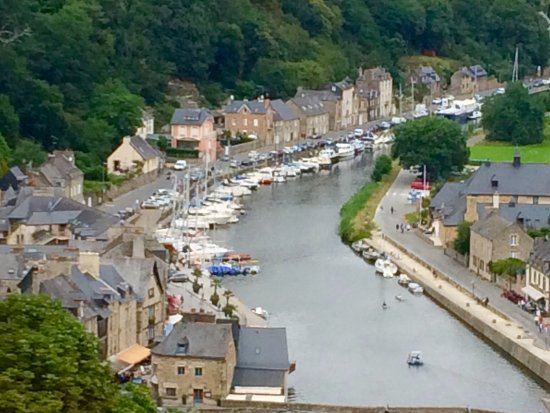 The view northward to the Port de Dinan and the Rance