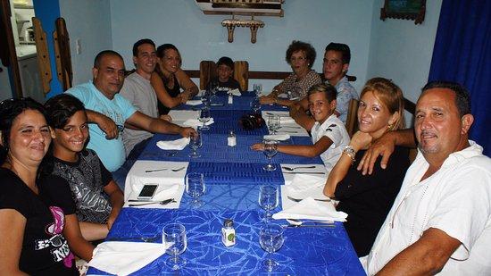 Santa Cruz del Norte, Kuba: celebrando en familia en el REST LOS MARINOS especialidades en platos y especial atencion