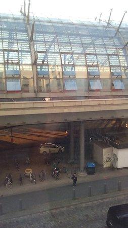 MEININGER Hotel Berlin Hauptbahnhof: view from the room