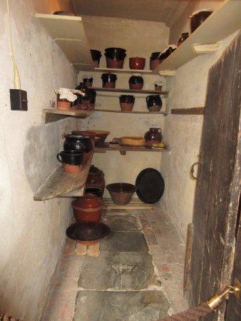 Lapworth, UK: room near kitchen