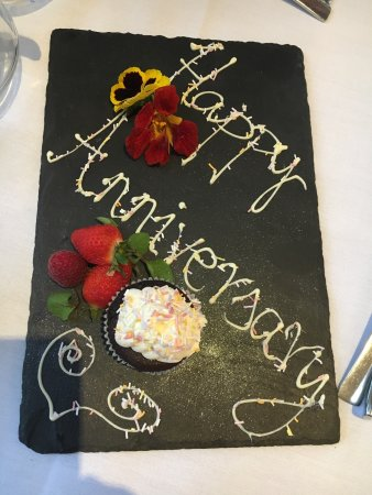 Oakley, UK: A fantastic meal to celebrate our anniversary.