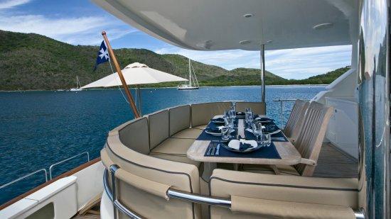Blue Mystic Charters: Cockpit Dinning 