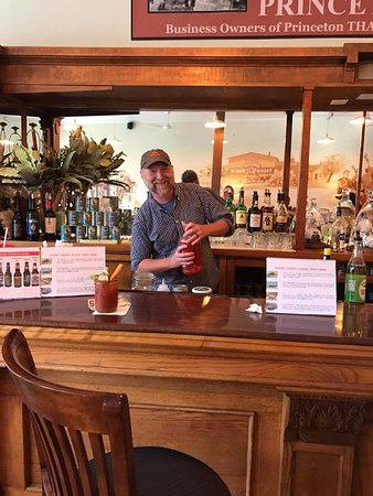 Princeton, WI: Sunday Funday with Mixoligist Patrick Higgs - Best Bloody Marys in Town