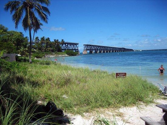Bahia Honda State Park and Beach: Blick auf die historische Eisenbahnbrücke