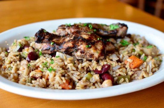 West Chester, Οχάιο: Jasmine's Favorite rice with Chicken Mishwi