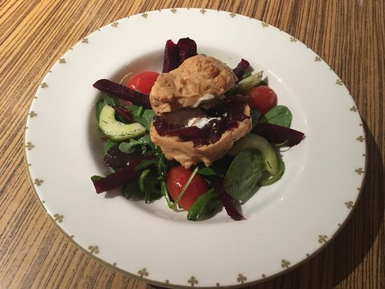 Radley's: Goats cheese salad with gluten free savoury choux pastry bun