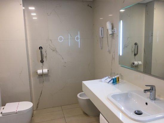Reina Isabel Hotel: photo2.jpg